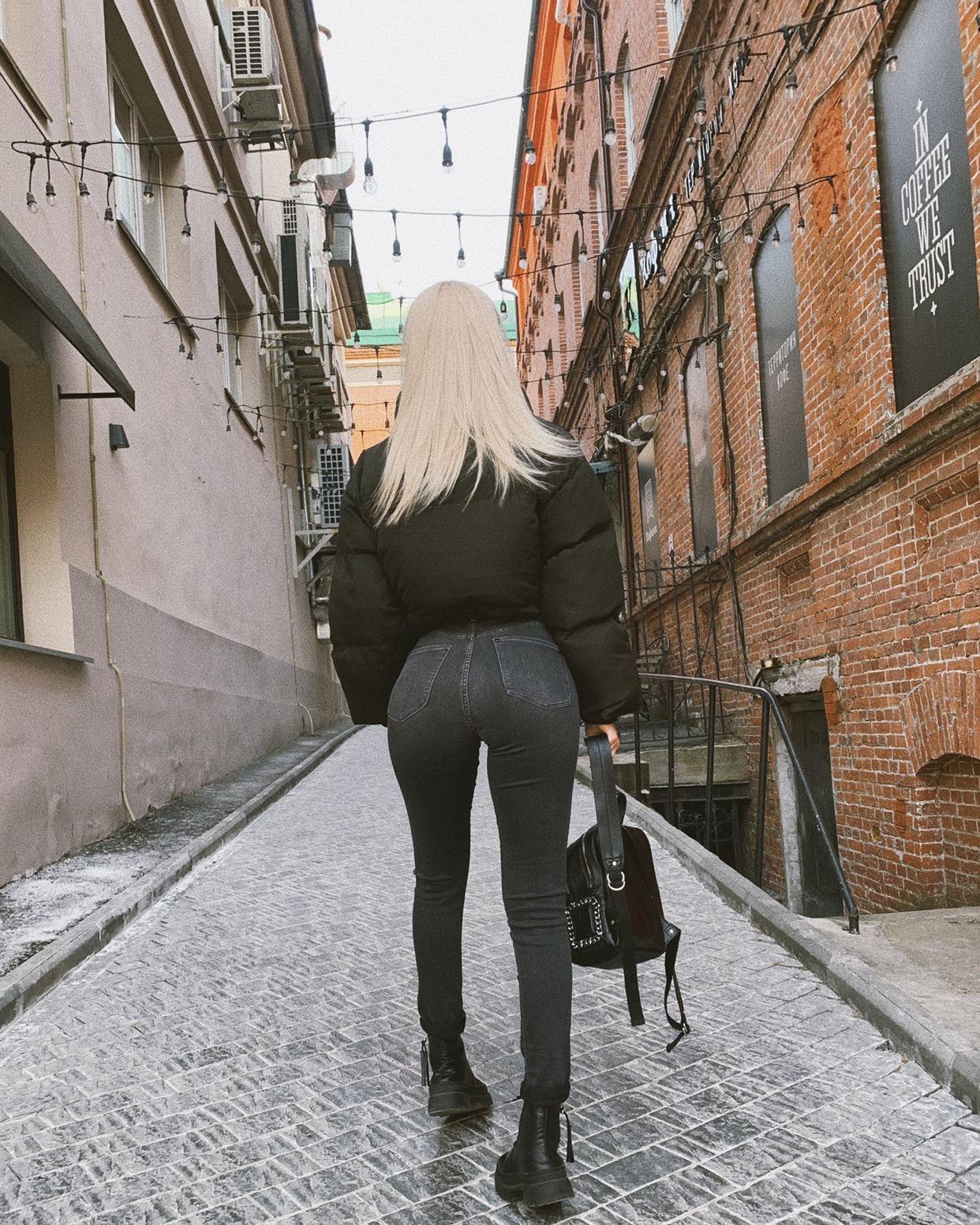 Анна Кобелева: биография, рост, вес, участница ДОМ2 из Хабаровска