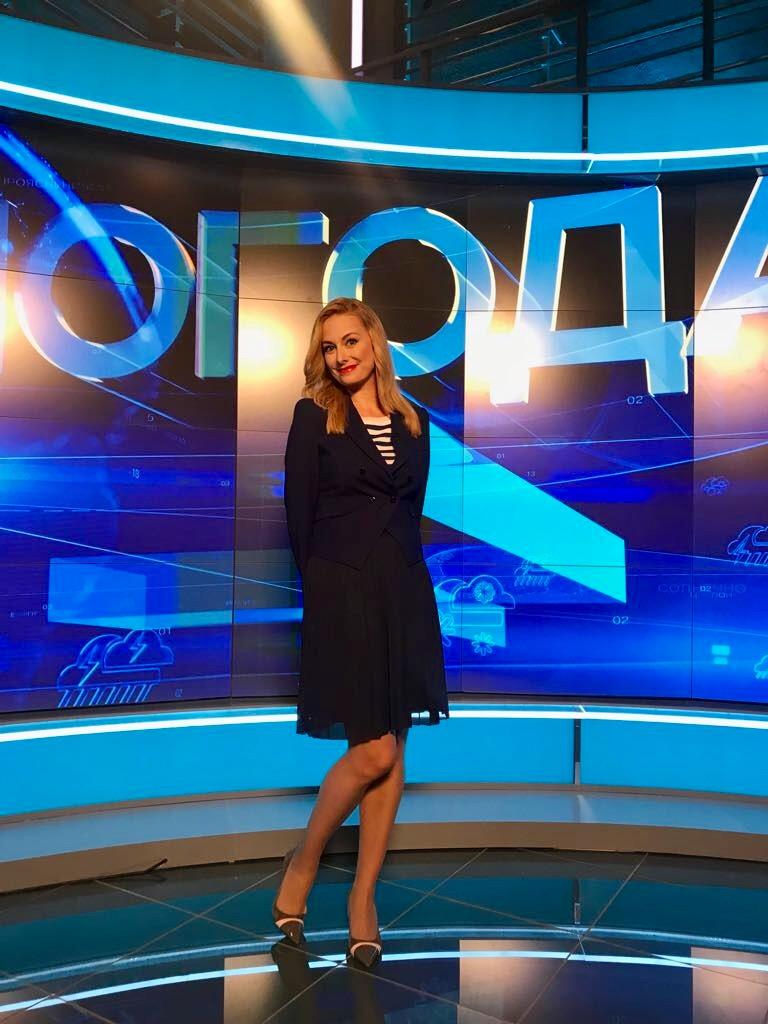 Алена Дублюк. Биография. РЕН-ТВ, фото в купальнике, возраст, личная жизнь, инстаграм