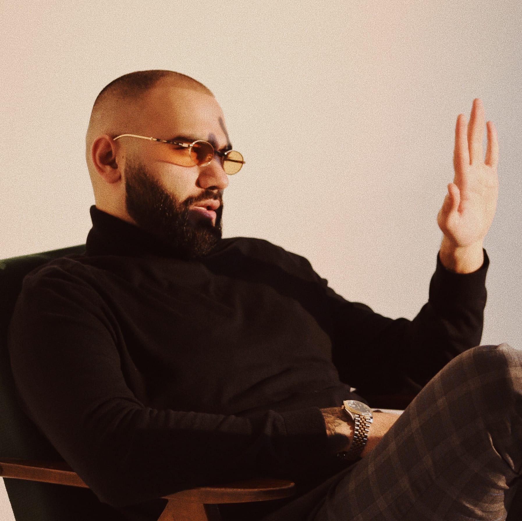 Наваи Бакиров  - биография, личная жизнь, песни, брат, религия, инстаграм, интервью