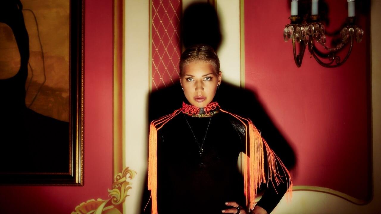 Полина Гудиева - биография, песни, у Урганта, рост и вес, родители, фото, инстаграм, интервью