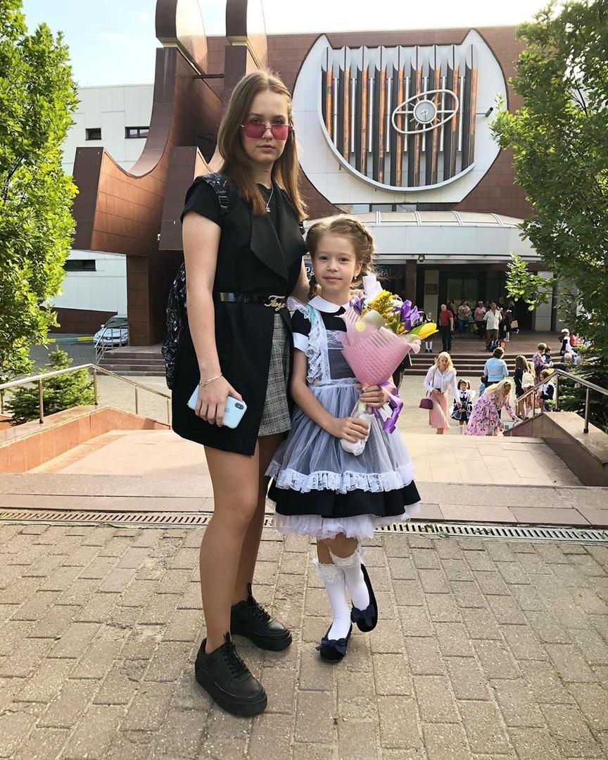 Скоморохова Таисия: биография, + Ангелина Дерябина и Гарарина, слепое прослушивание, родители