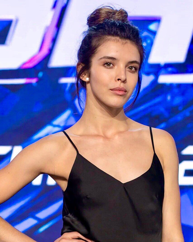 Алина Кобиляк на шоу «Танцы»