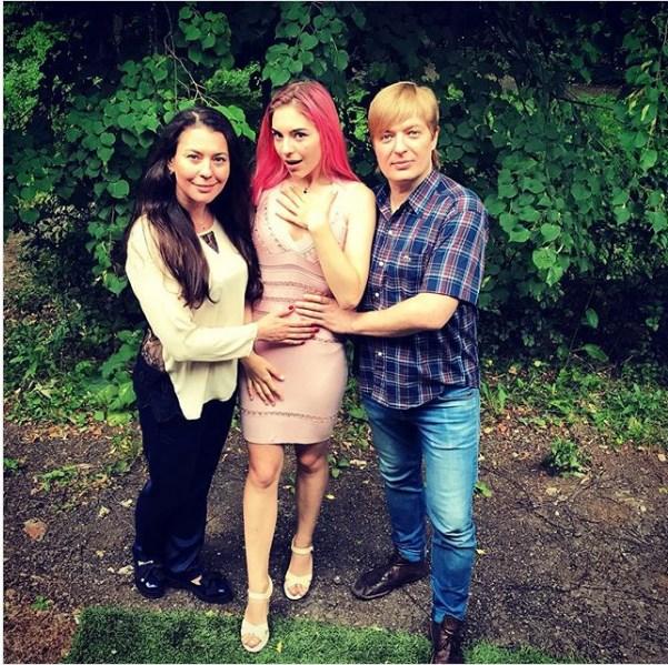 Ульяна Эндерс. Фото с родителями
