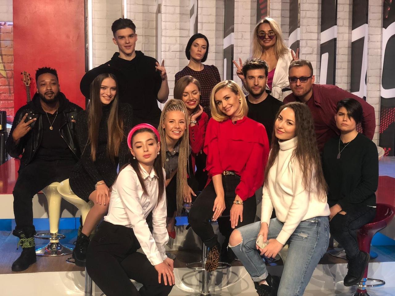 Максим Ларичев с командой Полины Гагариной