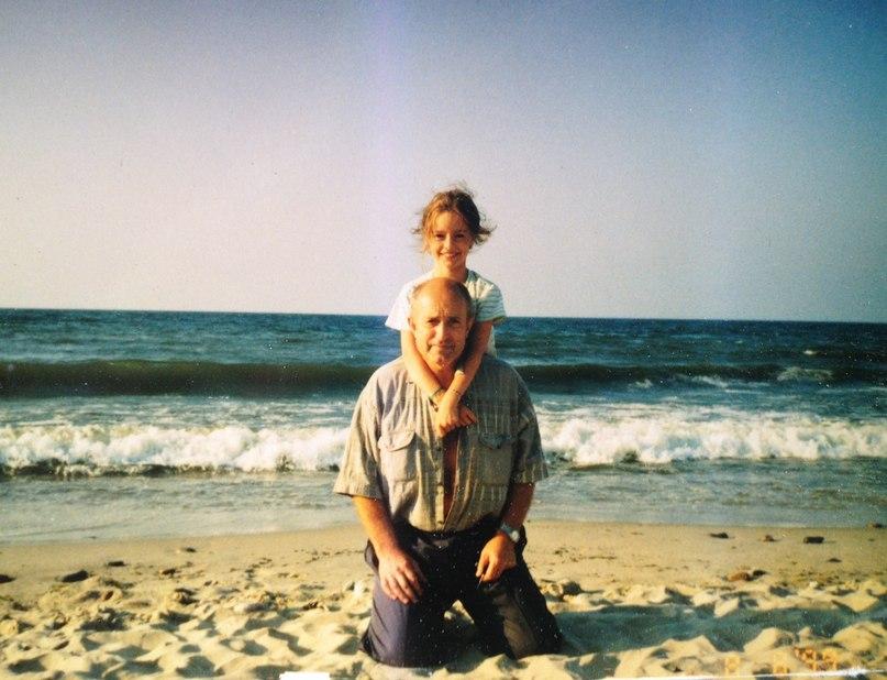 Вероника Горянина. Детское фото с отцом