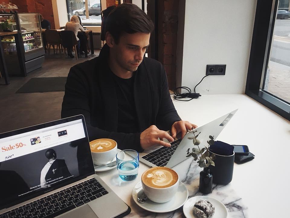 Виталий Лукашин и кофе
