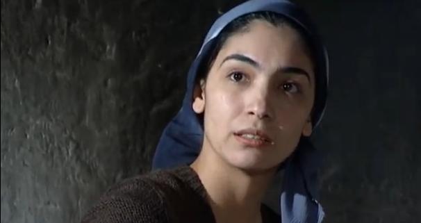 rajhon-ulasenova-aktrisa-biografiya-lichnaya-zhizn-semya-muzh-i-deti-god-rozhdeniya-foto-instagram