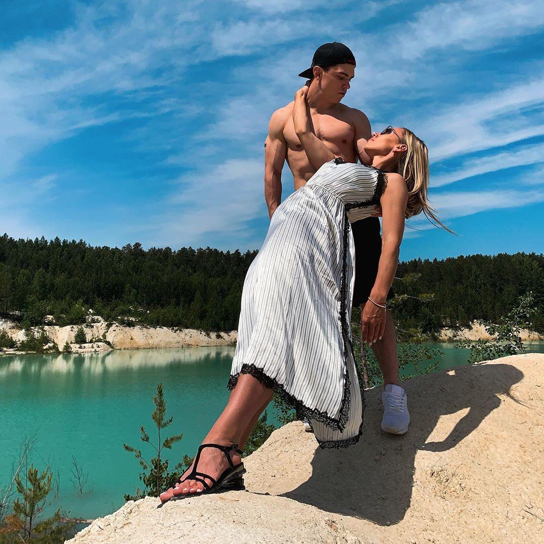 artur-dalaloyan-gimnast-biografiya-lichnaya-zhizn-nacionalnost-roditeli-rost-i-ves-i-nikita-nagornyj-i-olga-borodina-zhena-vikipediya-instagram