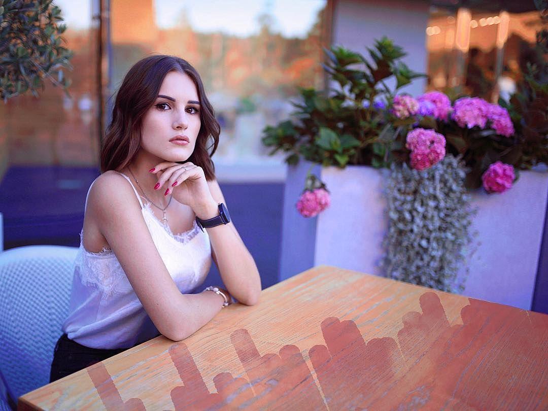 karina-arakelyan-biografiya-skolko-let-i-andrej-noils-slitye-foto-tik-tok-instagram-momo