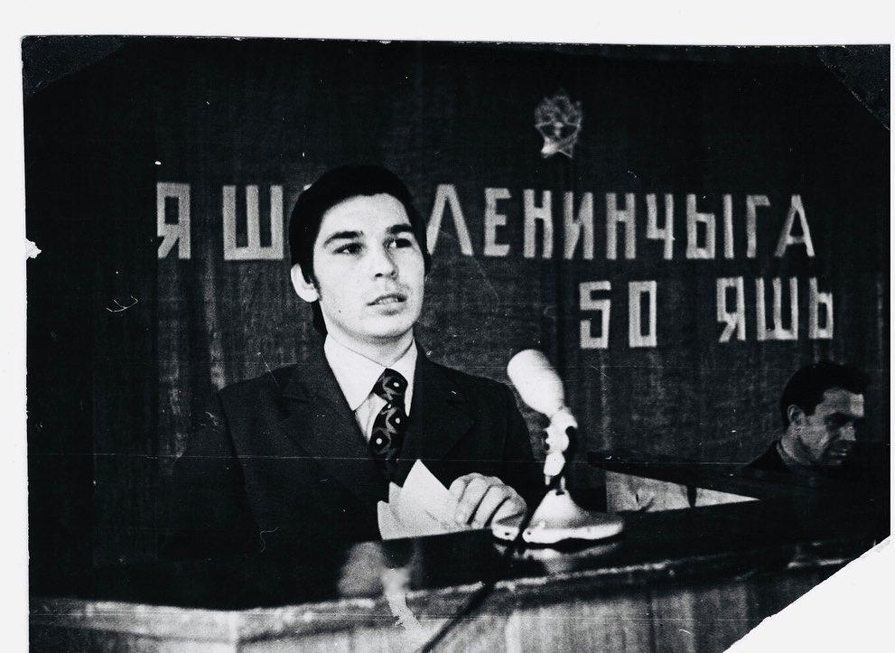 robert-minnullin-poeht-biografiya-lichnaya-zhizn-tvorchestvo-stihi-na-russkom-i-tatarskom-novosti-foto-2020-instagram