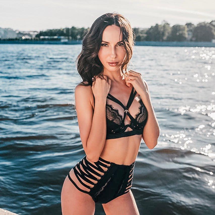 lilu-mun-aktrisa-biografiya-lichnaya-zhizn-gde-rodilas-i-vyrosla-nastoyashchee-imya-filmy-foto-instagram