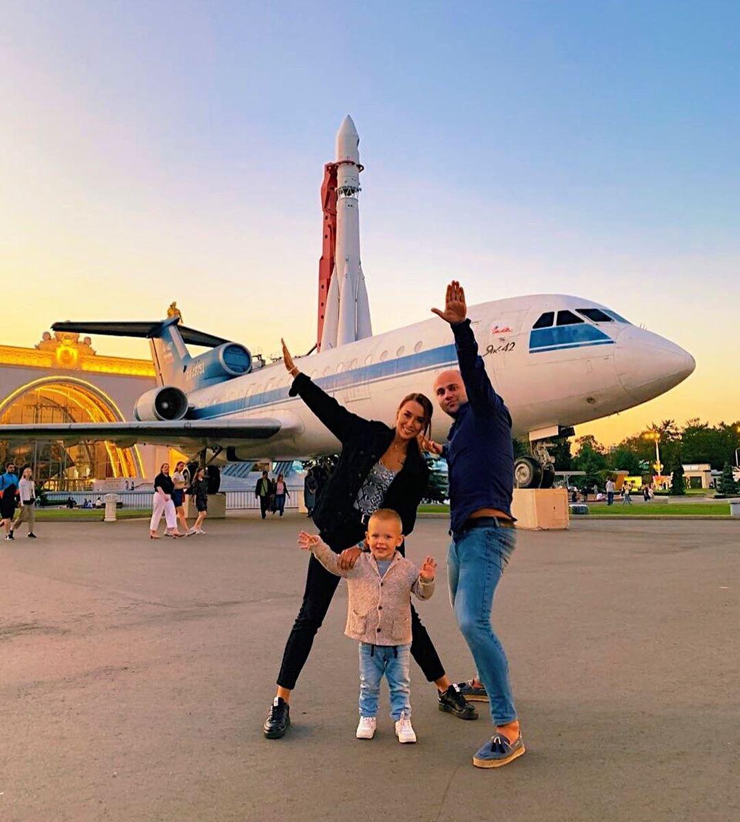 irina-titova-pevica-biografiya-lichnaya-zhizn-zhena-grebenshchikova-foto-yutub-vk-instagram