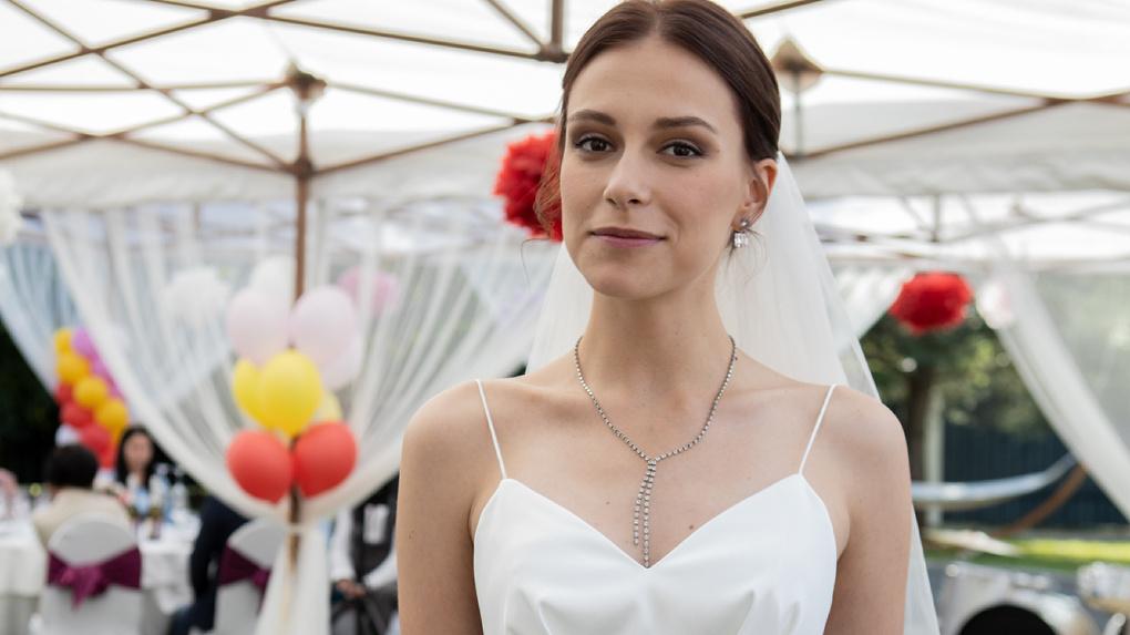 pelageya-nevzorova-lichnaya-zhizn-i-biografiya-roditeli-aktrisy-i-ee-romany